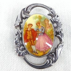 925 Sterling  Cameo Victorian Brooch Pin